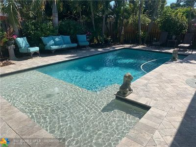 Oakland Park Single Family Home Backup Contract-Call LA: 4700 NE 3rd Ter