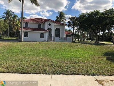 Davie Single Family Home For Sale: 13840 Chatham Pl
