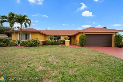 Davie Single Family Home For Sale: 2901 SW 82nd Way
