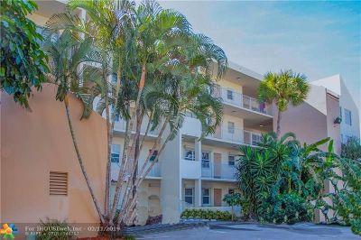 Pompano Beach Condo/Townhouse For Sale: 2860 NE 14th Street Cswy #207D