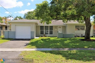Lauderhill Single Family Home For Sale: 2410 NW 42nd Ave
