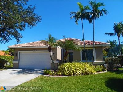 Davie Single Family Home For Sale: 4420 SW 74th Ter