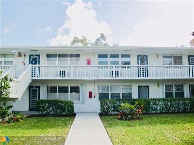 Deerfield Beach Condo/Townhouse For Sale: 21 Farnham A #21