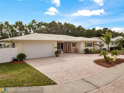 Deerfield Beach Single Family Home For Sale: 1330 SE 14th Ct