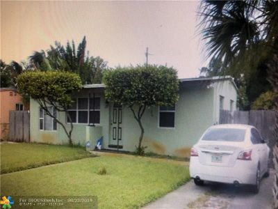 Fort Lauderdale Single Family Home For Sale: 1413 NW 12th St
