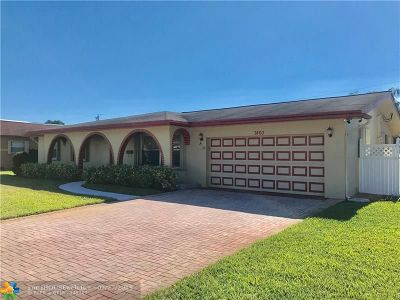 Broward County Single Family Home For Sale: 7460 NW 15th St