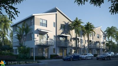 Wilton Manors Condo/Townhouse For Sale: 625 NE 22nd Dr. #13