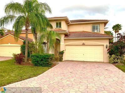 Coconut Creek Single Family Home For Sale: 3709 Woodfield Dr