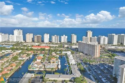 Fort Lauderdale Condo/Townhouse For Sale: 3300 NE 36th St #1210