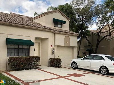 Coral Springs Condo/Townhouse For Sale: 1647 Cypress Pointe Dr #1647