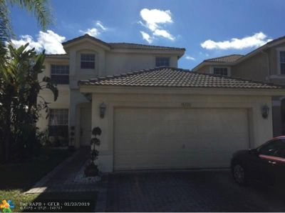 Miramar Single Family Home For Sale: 16326 SW 26th St