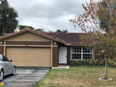 Coral Springs Single Family Home For Sale: 8914 NW 25th Ct