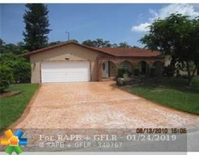 Coral Springs Single Family Home For Sale: 1377 NW 87th Te
