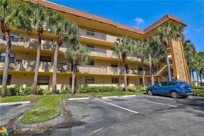 Tamarac Condo/Townhouse For Sale: 4950 E Sabal Palm Blvd #208