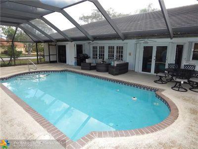 Boca Raton Single Family Home For Sale: 10183 Boca Woods Ln