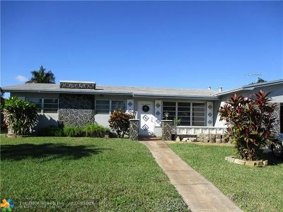 Pembroke Pines Single Family Home For Sale: 400 NW 93rd Ter