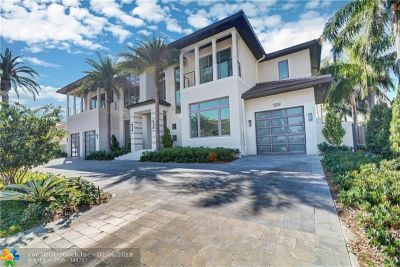 Cooper City, Coral Springs, Fort Lauderdale, Hallandale, Hillsboro Beach, Hollywood, Lighthouse Point, Oakland Park, Plantation, Pompano Beach, Sunrise, Wilton Manors Single Family Home For Sale: 519 Solar Isle Drive
