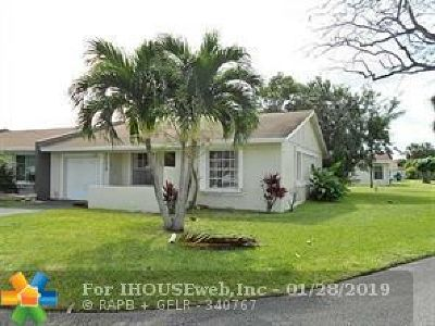 Margate Condo/Townhouse Backup Contract-Call LA: 360 E Lakewood Cir E #A