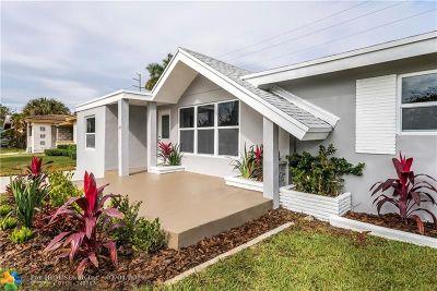 Hallandale Single Family Home For Sale: 1019 NE 7 St