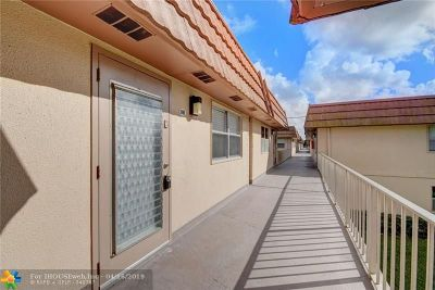 Delray Beach Condo/Townhouse For Sale: 188 Brittany #188 D