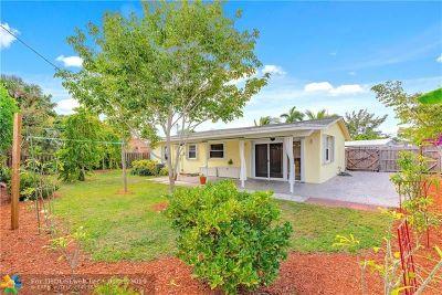 Pompano Beach Single Family Home For Sale: 2700 NE 11th Ter