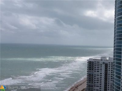 Hollywood Condo/Townhouse For Sale: 2301 S. Ocean Dr. #2807