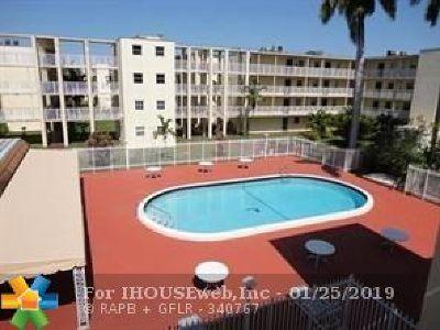 Lauderhill Condo/Townhouse Backup Contract-Call LA: 2800 NW 56th Ave #D 102