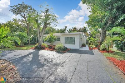 Oakland Park Single Family Home For Sale: 650 NE 57th St