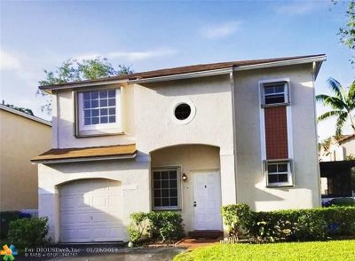 Pembroke Pines Single Family Home For Sale: 11734 NW 12th St