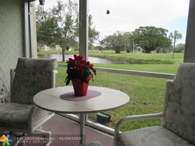 Margate Condo/Townhouse Backup Contract-Call LA: 1020 Country Club Dr #108
