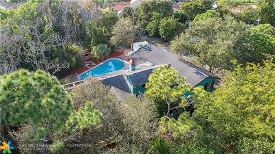 Delray Beach Single Family Home For Sale: 3980 Lone Pine Rd
