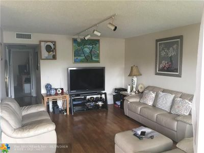 Pembroke Pines Condo/Townhouse For Sale: 301 SW 135th Ave #C107
