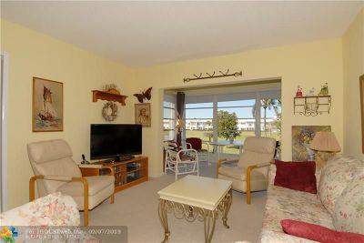 Pompano Beach Condo/Townhouse For Sale: 2751 E Golf Blvd #2021