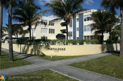 North Miami Beach Condo/Townhouse For Sale: 2175 NE 170th St #202