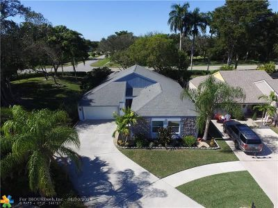 Boca Raton Single Family Home For Sale: 21689 Sutters Ln