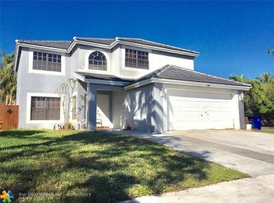 Pembroke Pines Single Family Home For Sale: 1500 SW 87th Ter