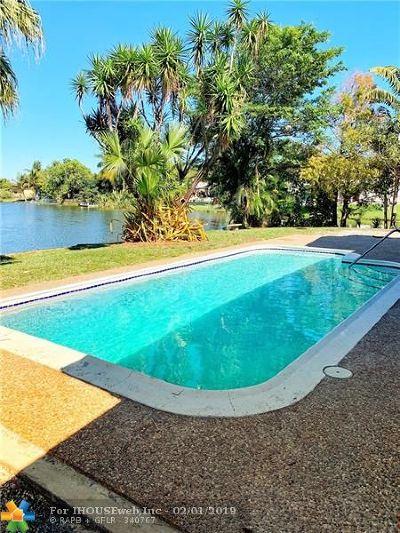 Sunrise Single Family Home For Sale: 7271 Sunset Strip