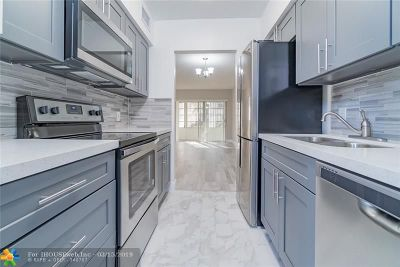 Lighthouse Point Condo/Townhouse Backup Contract-Call LA: 2121 NE 42nd Ct #111-c