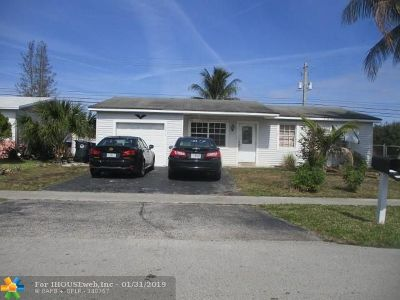 North Lauderdale Single Family Home For Sale: 7693 SW 3rd St