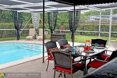 Pembroke Pines Single Family Home Backup Contract-Call LA: 230 SW 65th Way