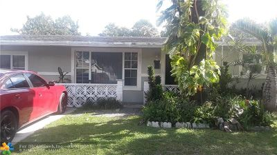 Miramar Single Family Home For Sale: 2341 Pine Tree Dr