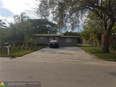 Fort Lauderdale Single Family Home For Sale: 1734 Lauderdale Manor Dr