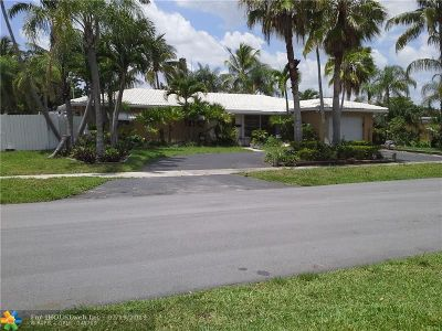 Deerfield Beach Single Family Home For Sale: 1100 SE 5th Ct