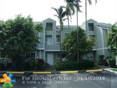 Oakland Park Condo/Townhouse For Sale: 3465 NW 44th St #104