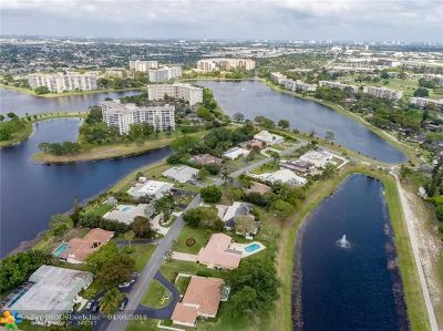 Pompano Beach Single Family Home For Sale: 3100 Estates Dr