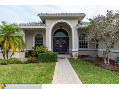 Davie Single Family Home For Sale: 10631 SW 37th Pl