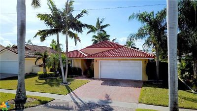 Dania Beach Single Family Home For Sale: 708 SE 3rd Ln