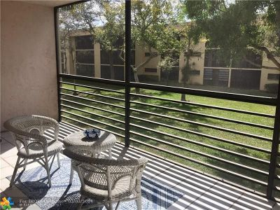 Tamarac Condo/Townhouse For Sale: 7625 NW 79th Ave #207