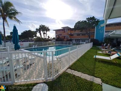Lauderdale By The Sea Condo/Townhouse For Sale: 1751 S Ocean Blvd #109W