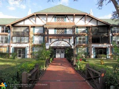 Lauderhill Condo/Townhouse For Sale: 3750 Inverrary Dr #1T